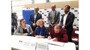 signature premier CDD Tremplin Deastance Services et Muriel Pénicaud