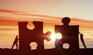 pièces puzzle collaboration référenceur et rédacteur web