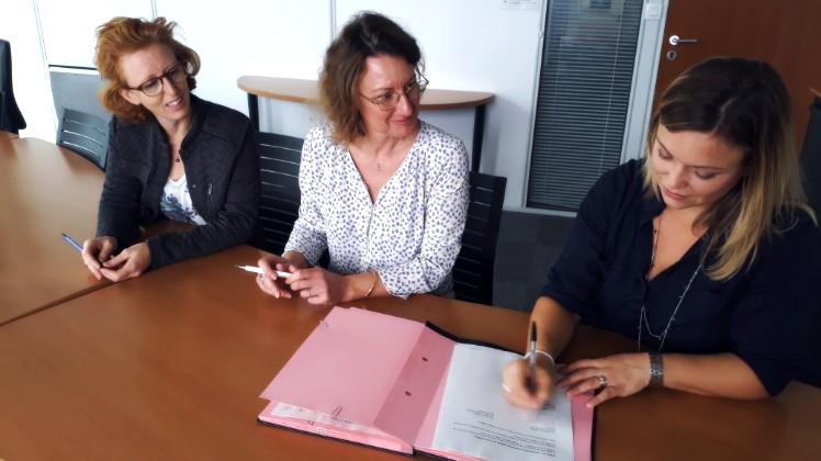 Signature inclusion CDD Tremplin avec la Direccte UD Vienne